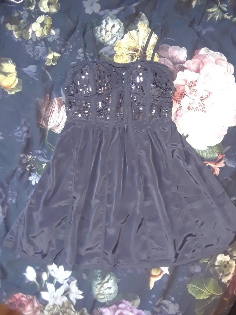 American eagle dark grey gray satin bodice dress sequins built in bra removable straps strapless mini dress size 4 small