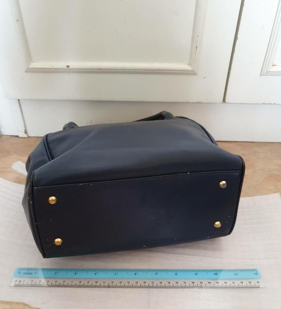 """BOUGHT IN UK , (NO BRAND) - VINTAGE """"BIRKIN-STYLE"""" TOTE BAG - DARK NAVY LEATHER- HANDMADE , CUSTOM ORDERED BAG - BOUGHT IN LONDON - VINTAGE BAG, SO NOT FOR FUSSY BUYERS - (BOUGHT IN UK AT AROUND £500+ / RM 2600+)"""