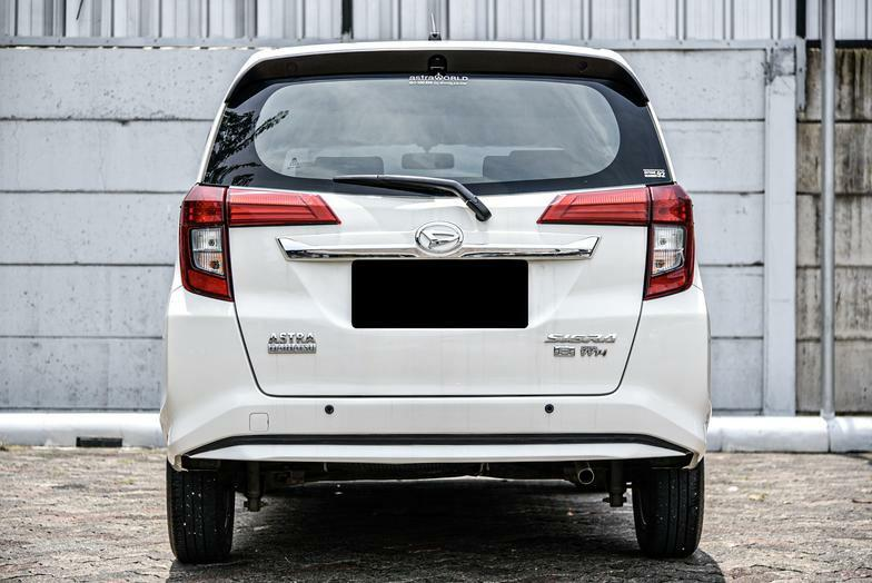 Daihatsu Sigra R Deluxe MT 2016 Bergaransi Bisa Kredit