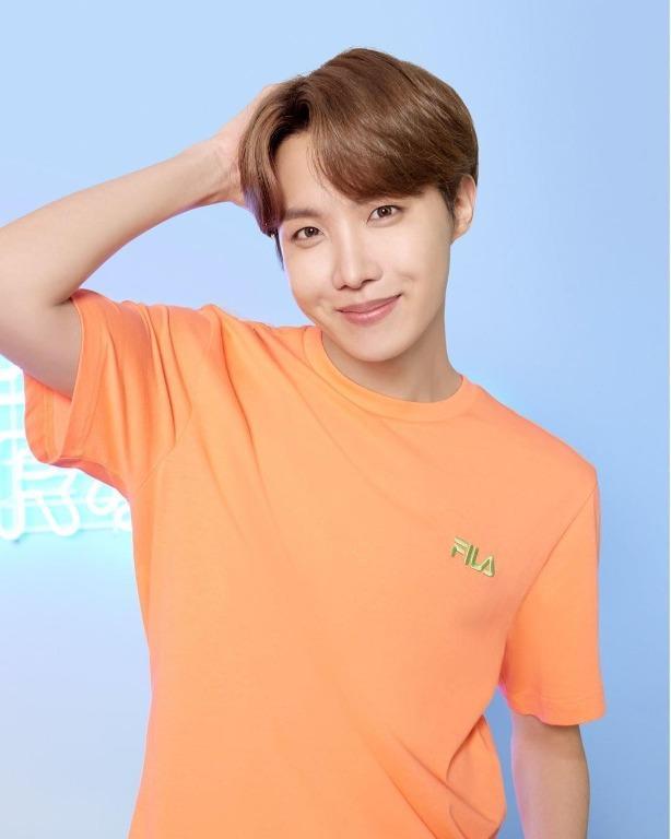 [FILA XBTS] Official FILA Box Logo T-shirt (BTS J-hope)