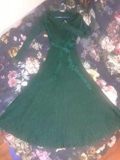 Forest Green sweater cable knit maxi floor length dress V neck flare skirt long sleeves glitter Small new