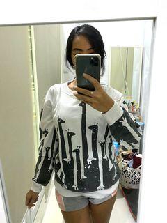 Sweater jerapah #MauAirPods