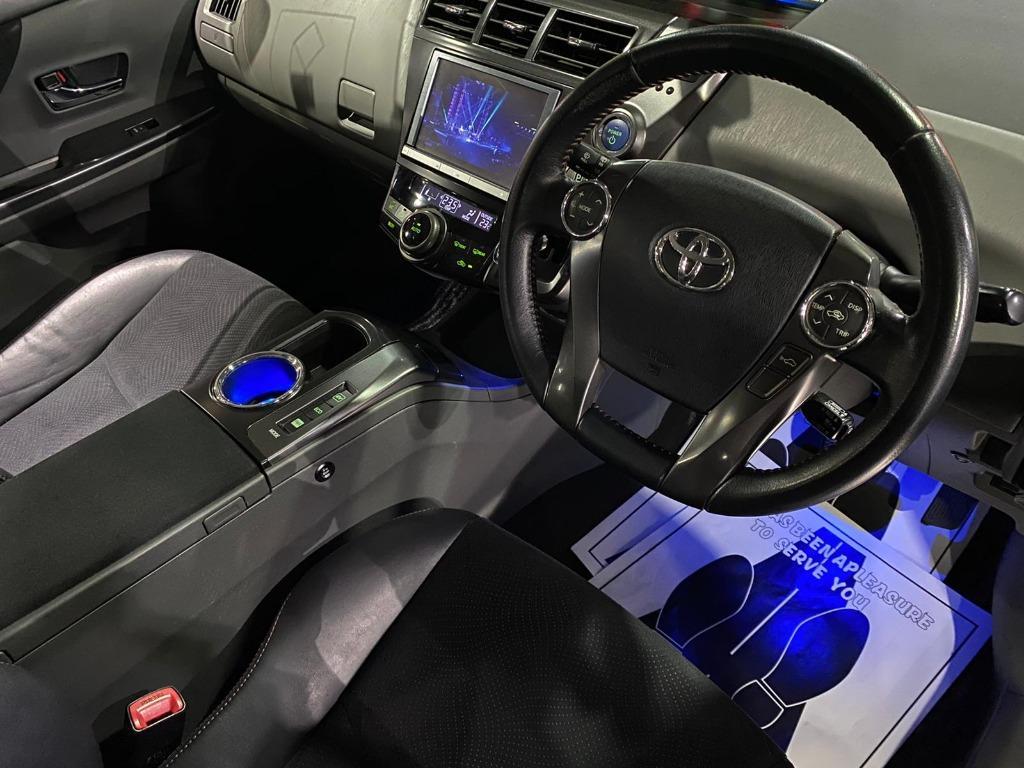 Toyota Prius V Touring豪華版 原廠蒙羅麗莎包圍 .TEIN鉸牙避震 Auto