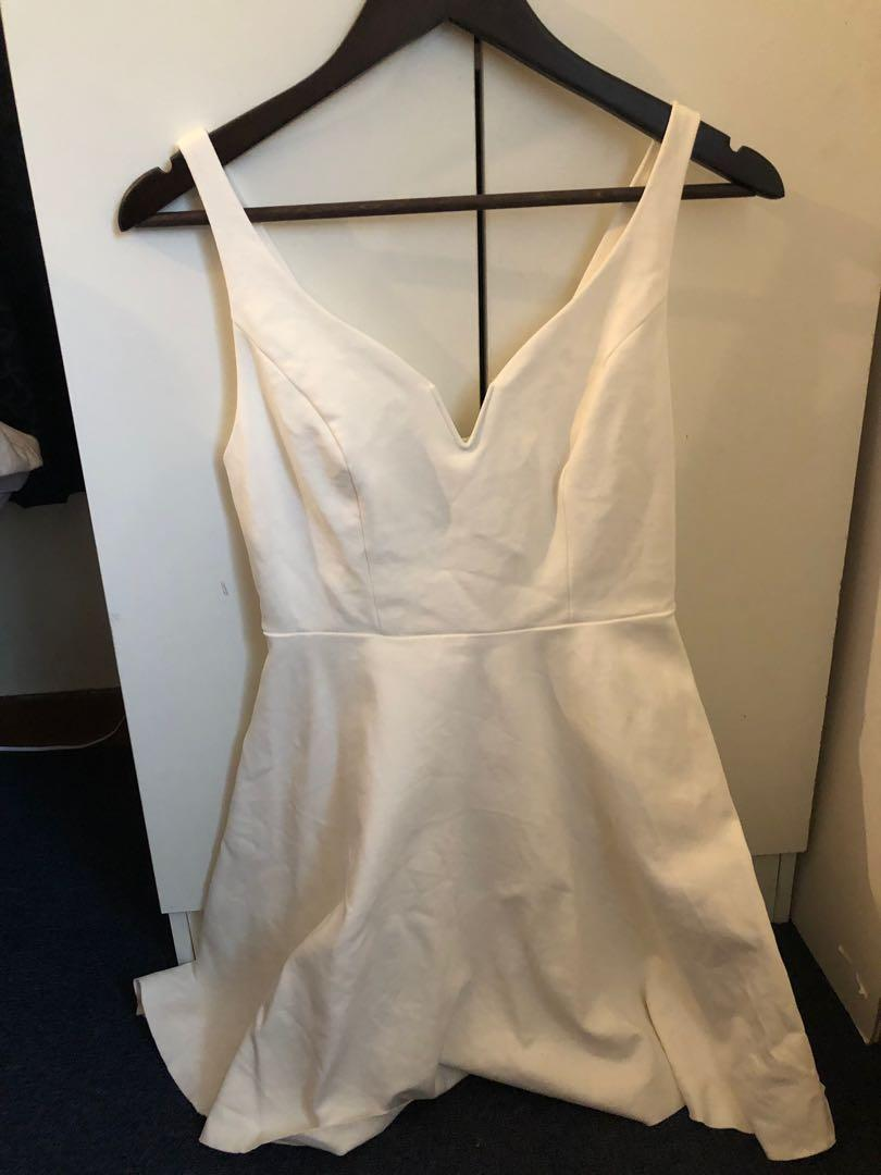 White urban outfitters dress size small