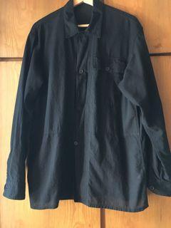 Comoli 黑色棉麻長袖襯衫 2號