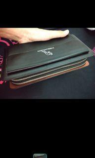 Dompet wanita warna hitam bagus