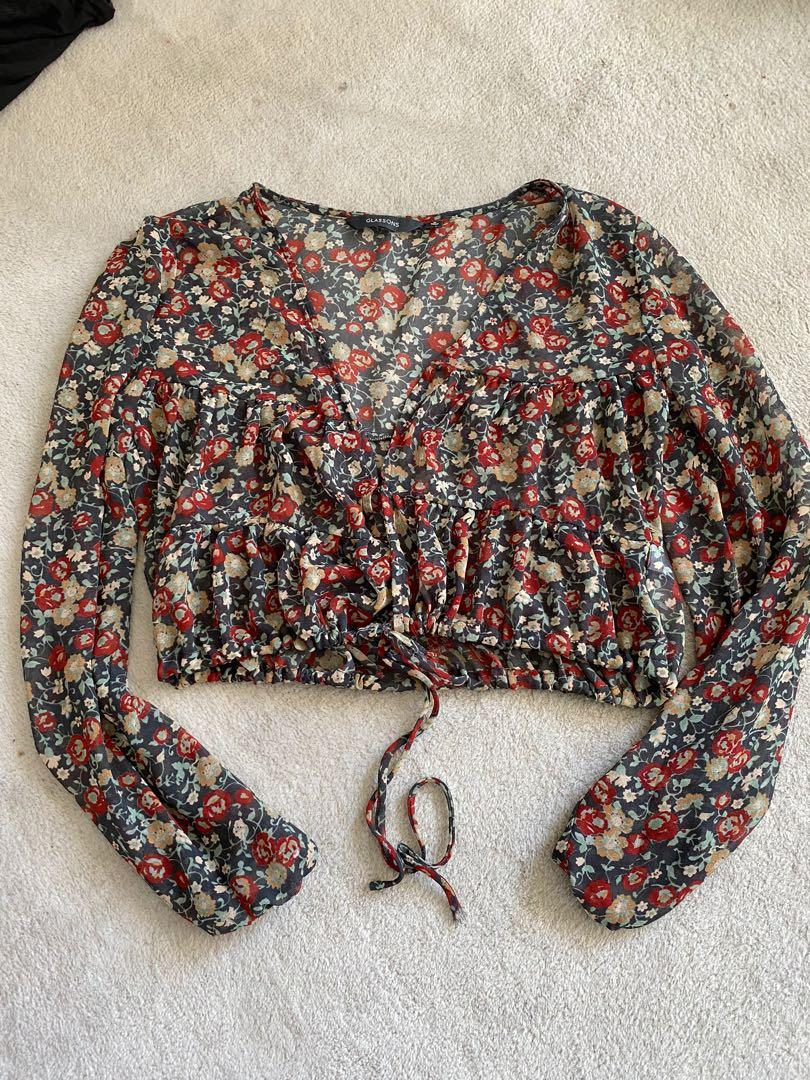 Floral glassons top