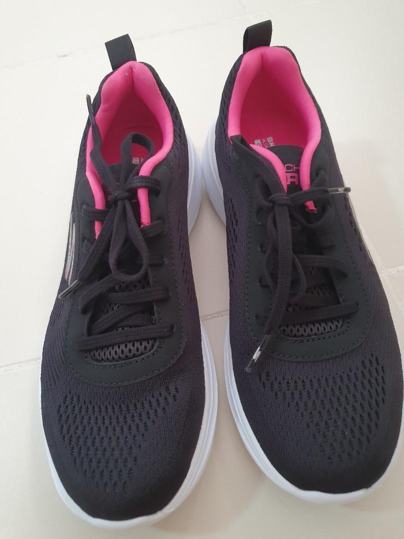 Skechers Gen 5 Air Cooled Goga Mat Shoe