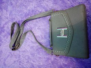 Tas selempang wanita sling bag