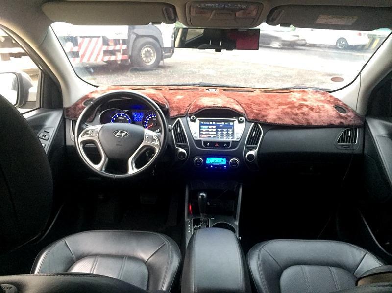 2010 Honda IX35 2.0 灰 配合全額貸、找 錢超額貸 FB搜尋 : 『阿文の圓夢車坊』