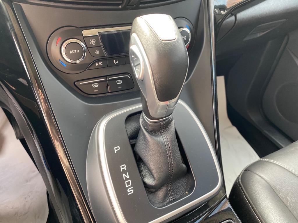 2016 年Ford Kuga 2.0柴油 頂級