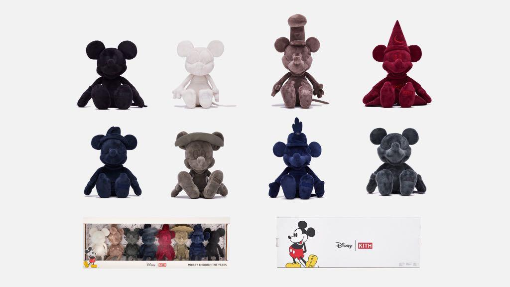 Kith x Disney Plush Through the Ages (Box set of 8) Multi Micky Mouse