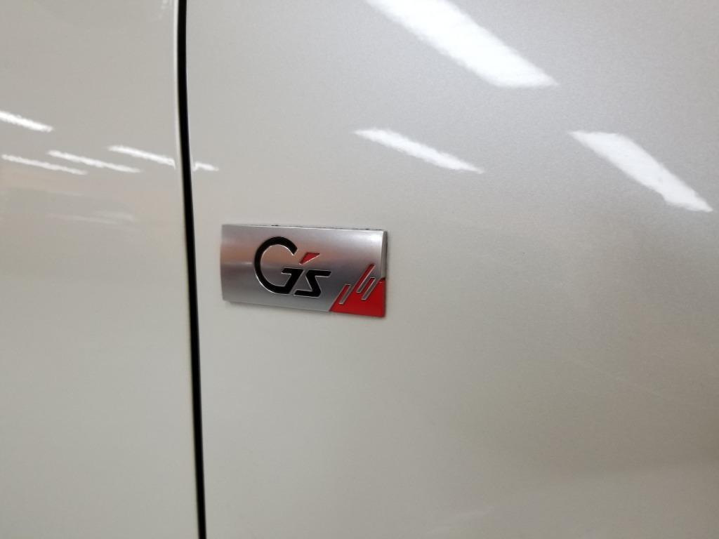 Toyota Vitz 1.5 (A)