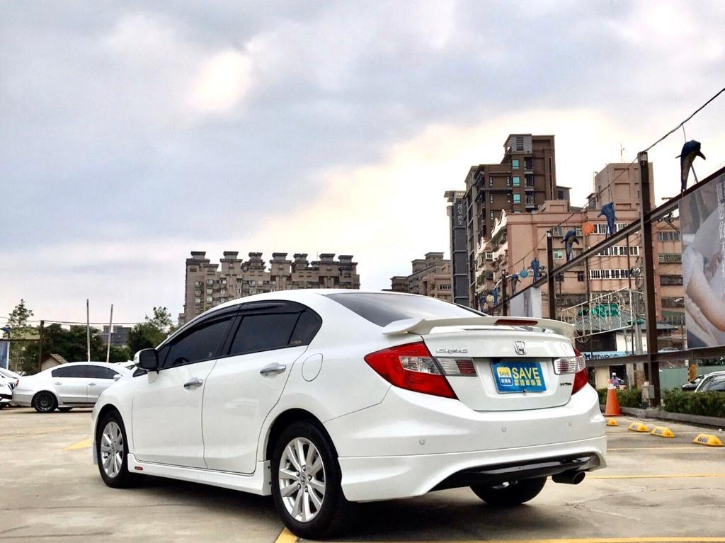 2013年 Honda Civic 1.8 VTi-S
