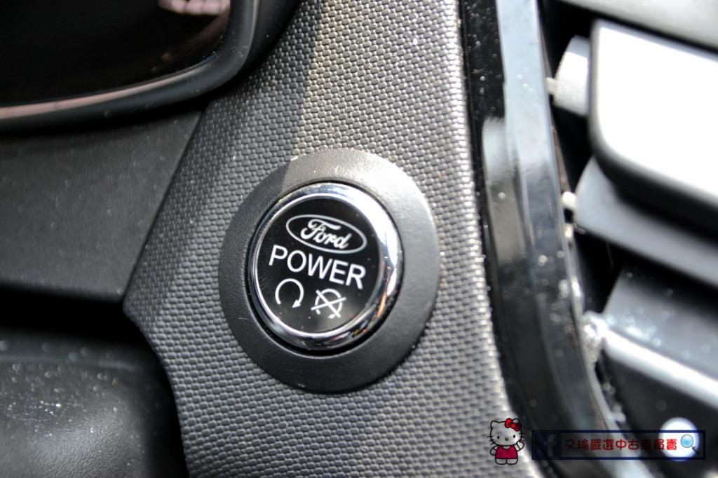 2016年Ford Fiesta 1.0頂規 僅跑4萬