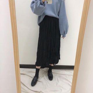 黑色皺皺裙