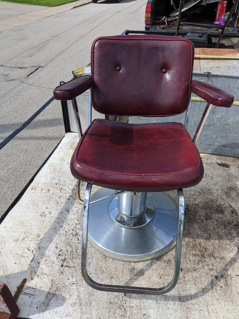 Salon / Barber / tattoo chair