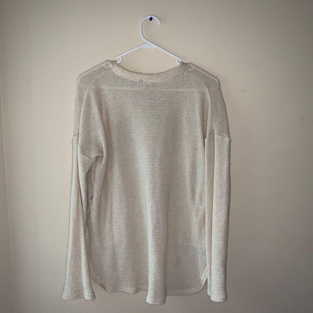 Size L knitted jumper