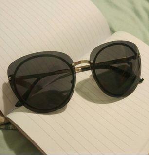 UO Cat Eye Sunglasses