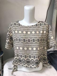 100k dapat 6❗️ Tribal shirt