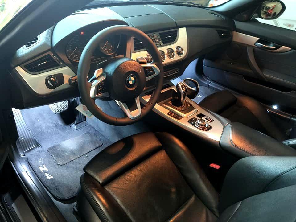 2009年BMW Z4 sDrive 35i 帥氣與熱血兼具 市場稀有 千萬別錯過 可全額貸低利率低月付 歡迎洽0932171411 LINEID:0932171411
