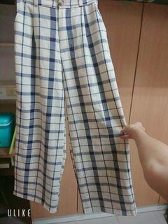 9.9成新 格紋寬褲