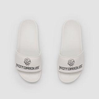 Notorious Sportswear 運動白色拖鞋 9號