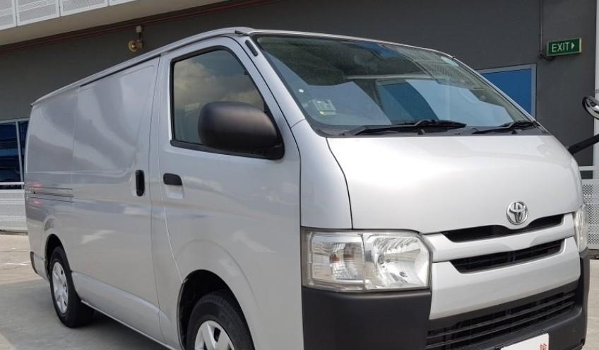 1080 only! Best & Lowest Rental rate for Hiace Automatic Van!!!Hurry Call Now 92475893 Koh