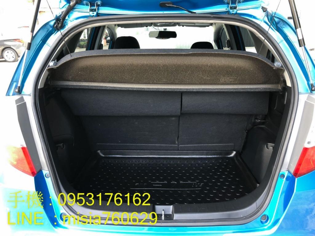 2009年10月 FIT 1.5 藍 / Vti-S / 一手女用車