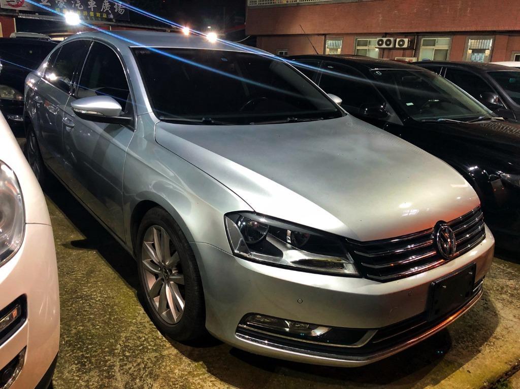 2011 Volkswagen Passat 2.0銀