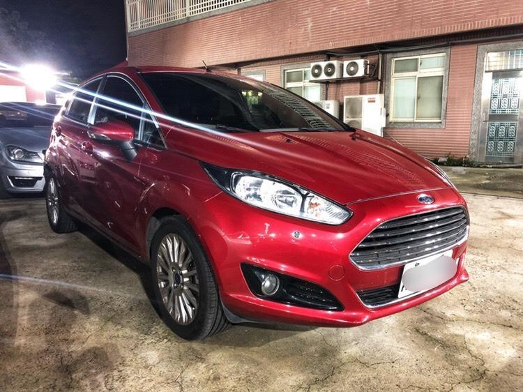 2014 Ford Fiesta 5D 1.5 紅