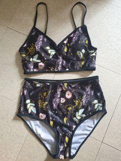 2pc Swimsuit (L)