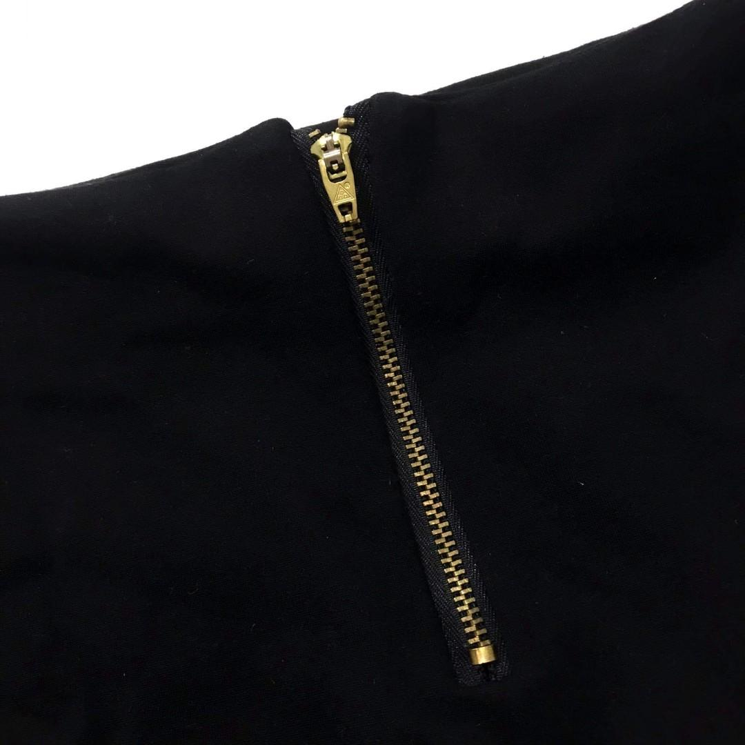 Black skirt w/ Gold zipper