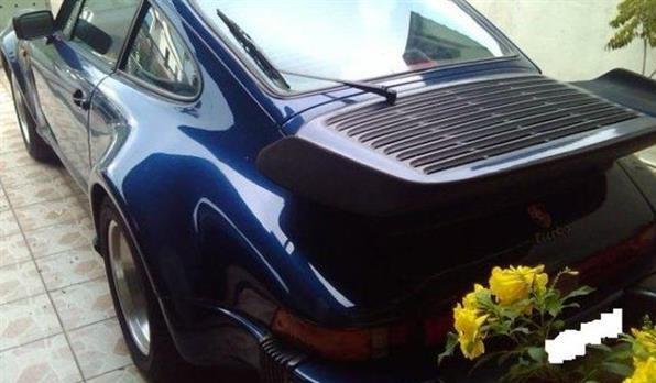 Porsche 911 Turbo Model 930