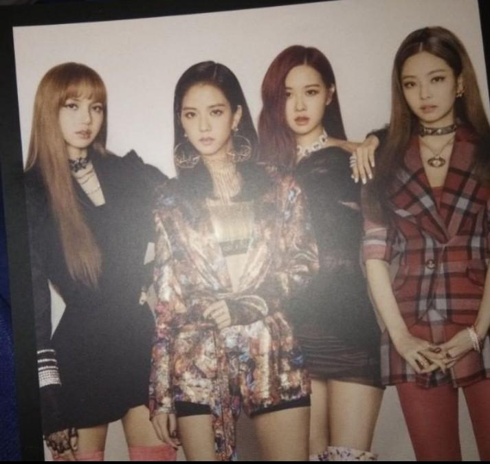 WTS KPOP GIRLGROUP OFFICIAL PHOTOCARD  : MAMAMOO TWICE BLACKPINK GFRIEND IZONE EVERGLOW