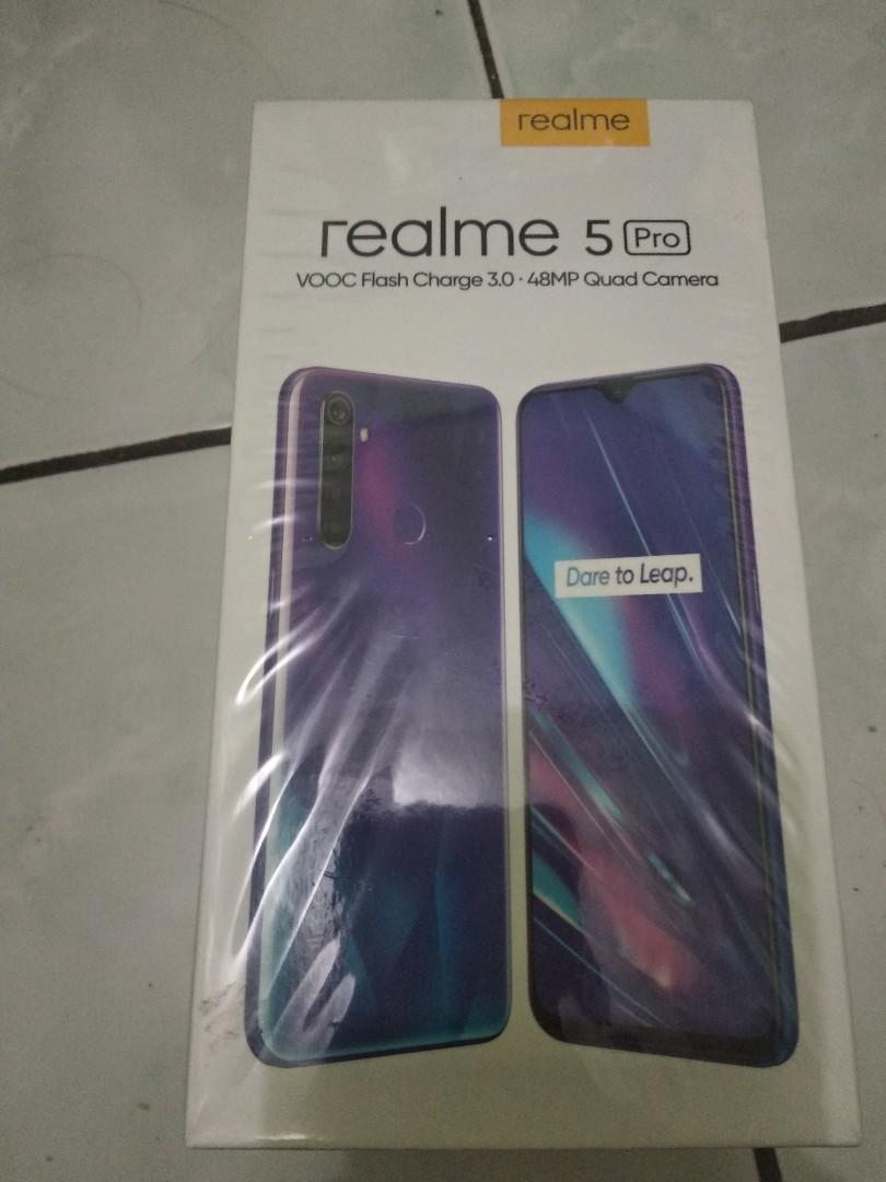 Dus Lengkap Hp Realme 5 Pro Telepon Seluler Tablet Lainnya Di Carousell