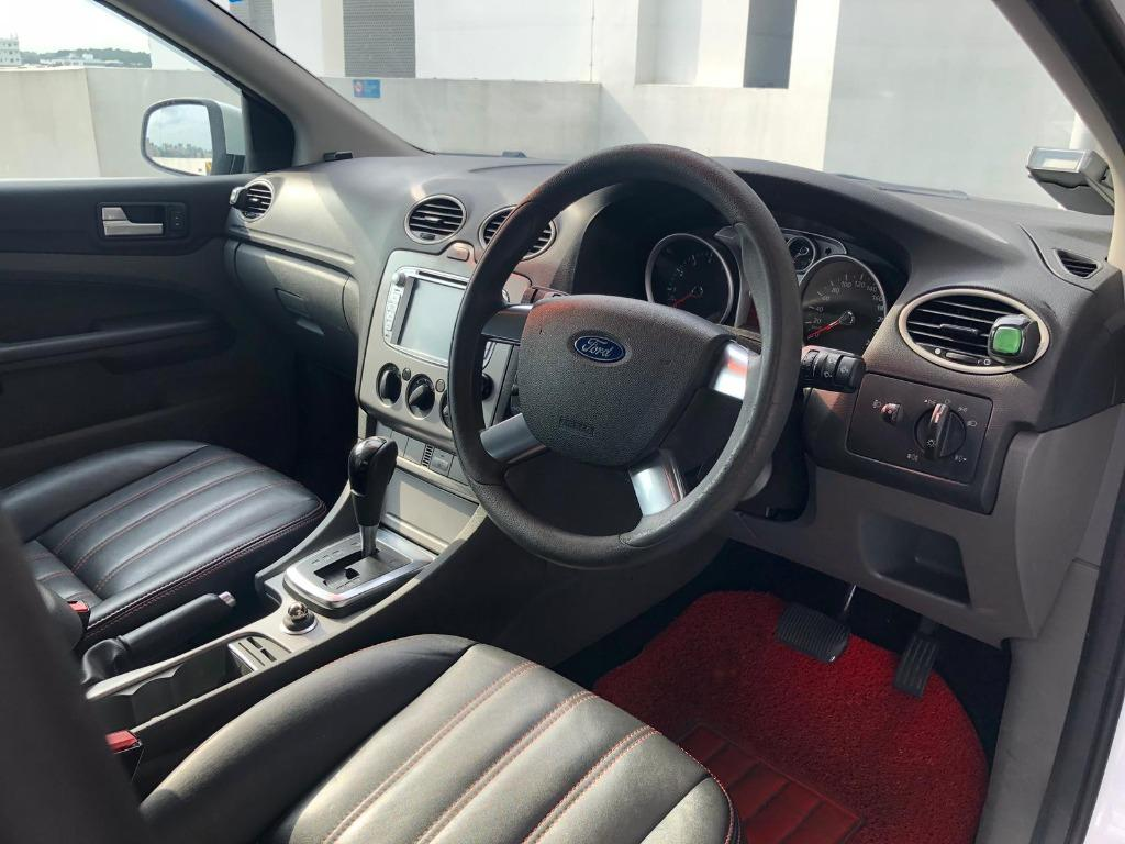 Ford Focus 1.6a lalamove grab gojek grabfood parcel delivery personal use phv