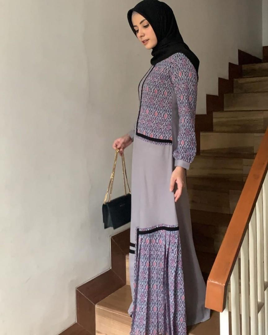 Gamis Javina Size S Fesyen Wanita Pakaian Wanita Gaun Rok Di Carousell