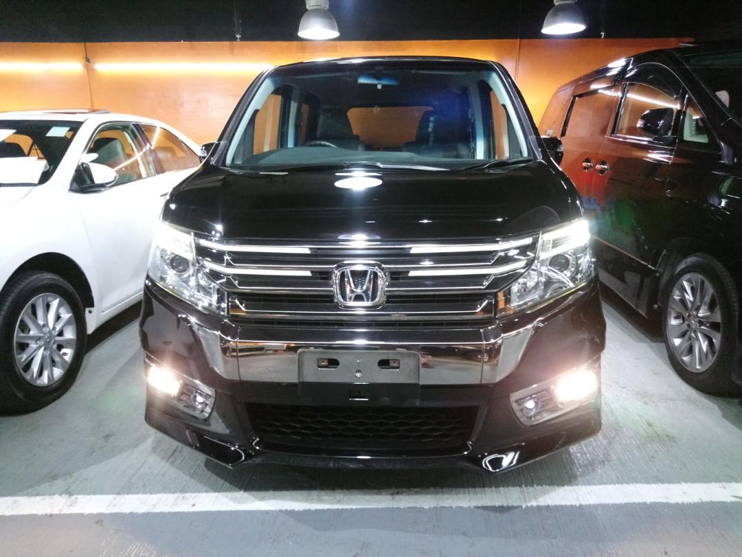 Honda Stepwagon spada RK5 Auto