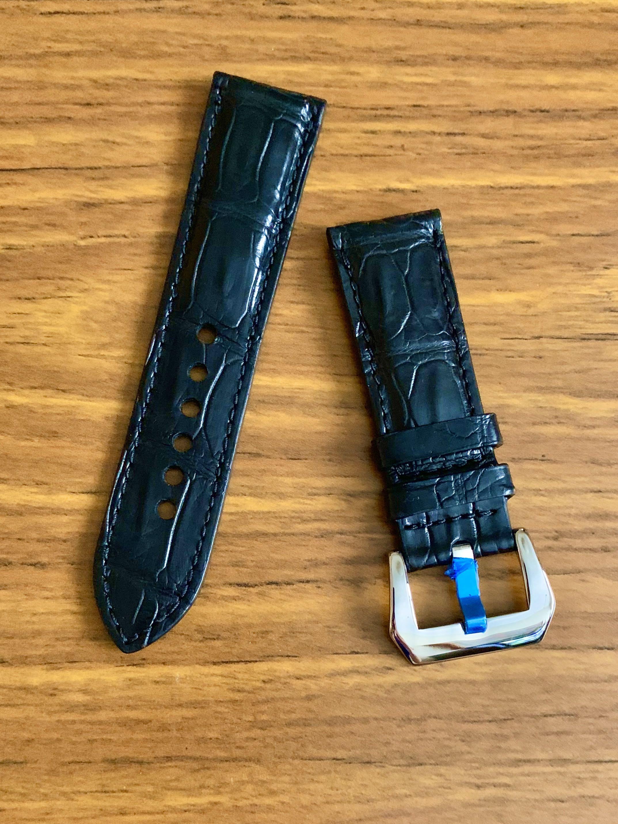 [AVAILABLE] 24mm/22mm Authentic Ebony Black Alligator 🐊 Crocodile Leather Watch Strap - (special rugged scales L-120mm, S-75mm) IF RESERVED, PLS SCREENSHOT THIS ITEM AND TEXT US THRU AN ACTIVE LISTING TO BUY 🤗 Tq 🙏🏻)