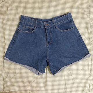 A字 牛仔褲 短褲