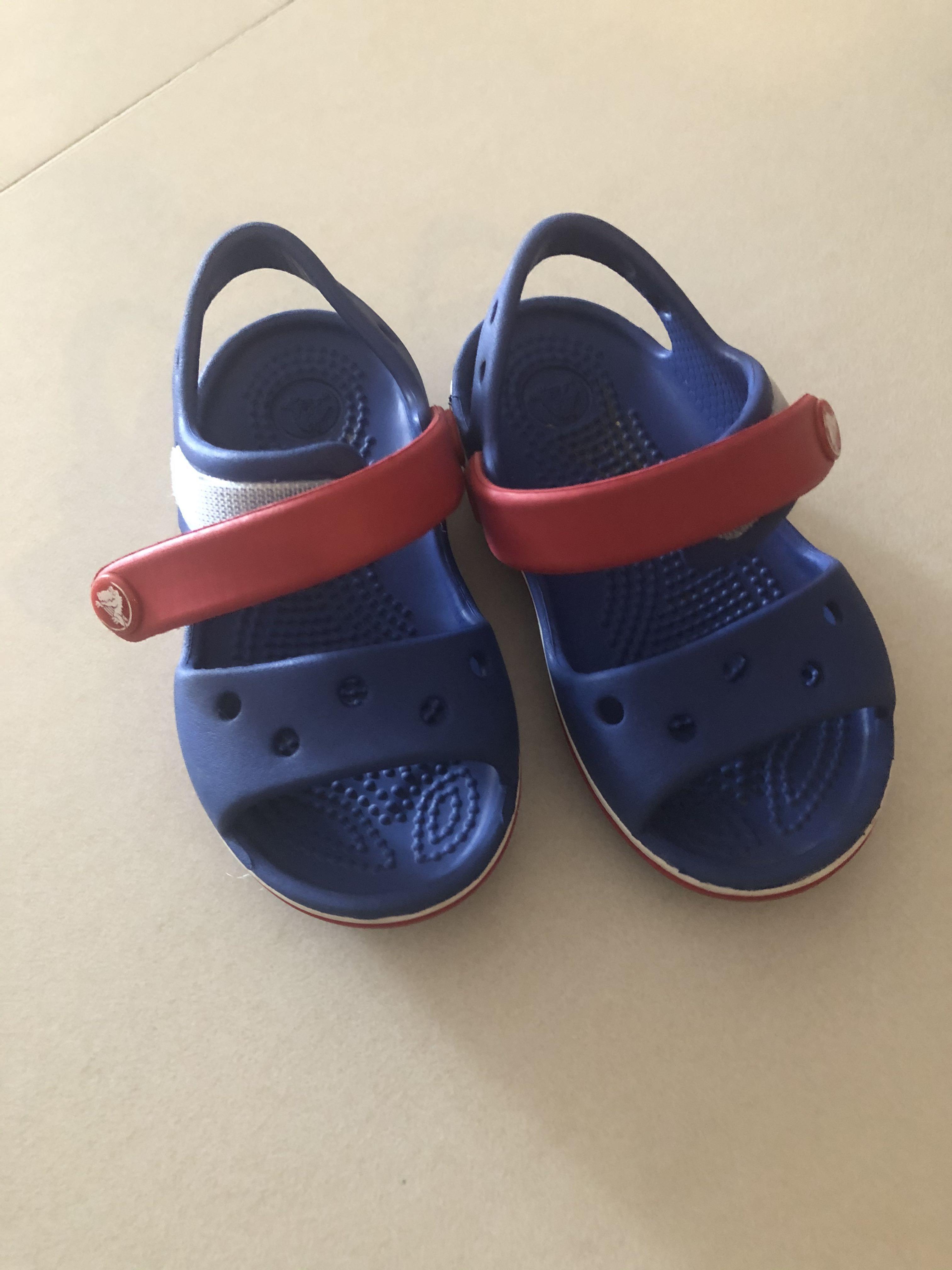Baby kids crocs sandals size C6