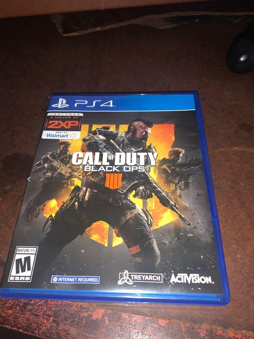 Sony PlayStation 4 (Call Of Duty Black Ops 4)
