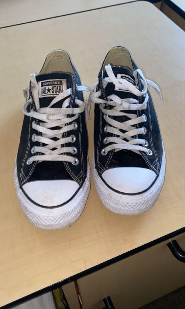 Black and white converse all stars