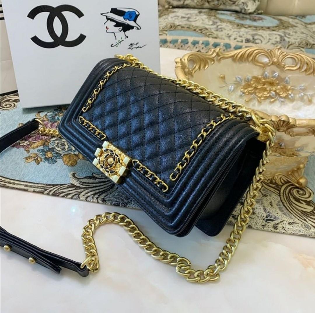 Chanel boy classic chain tote shoulder bag