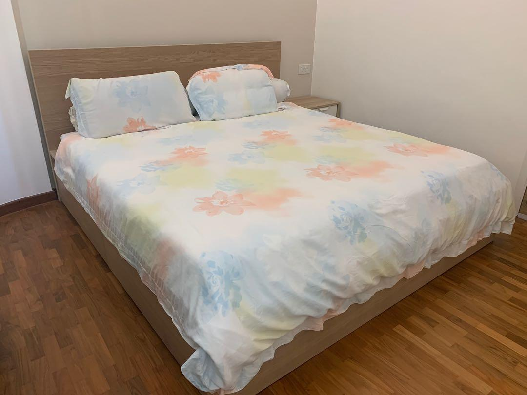 King Sized Ikea Malm Bed Frame With 2 Drawers Furniture Beds Mattresses On Carousell