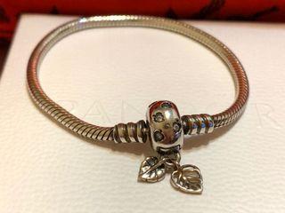 Pandora潘朵拉有水晶鑽加二片葉子銀手鍊