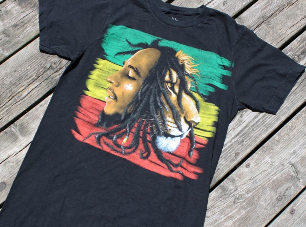 Vintage Bob Marley T Shirt / 90s Band Tee / Graphic Print Promo