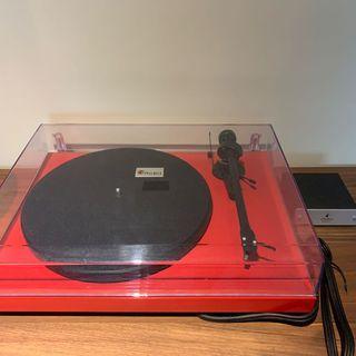 黑膠唱盤機