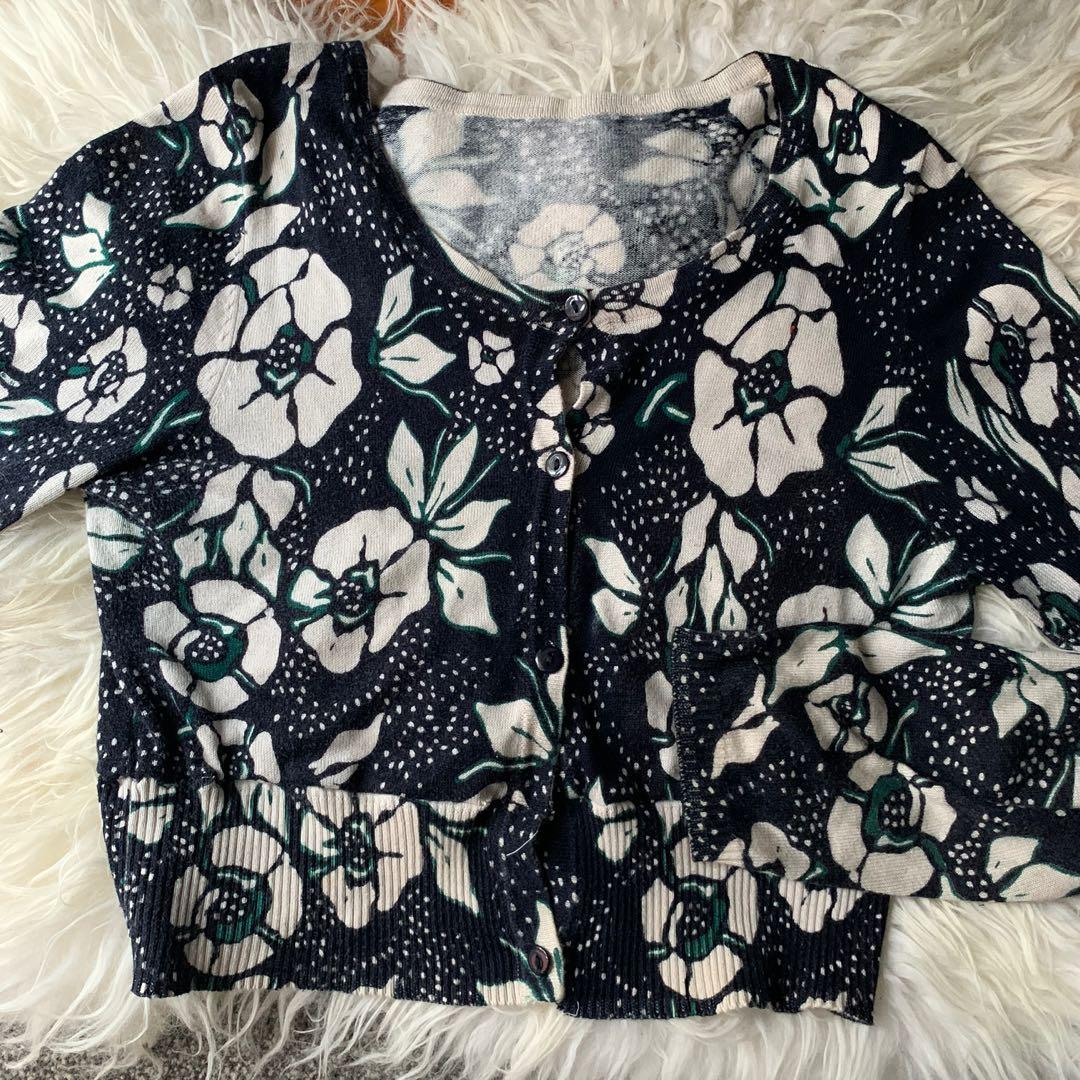 floral patterned semi cropped cardigan